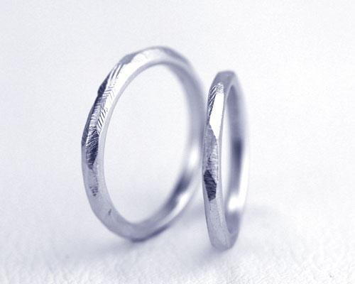 ナチュラル仕上げの結婚指輪