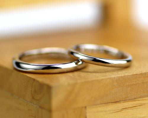 シンプルに手作りした結婚指輪