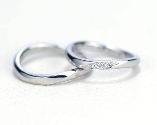 ダイヤS字型手作り結婚指輪
